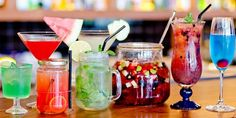 The best happy hour drink deals in Singapore in Orchard, CBD, Tanjong Pagar, Robertson Quay, Clarke Quay and Tiong Bahru - the City Nomads review.