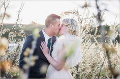 Lauren-Kriedemann_Blush_emerald_gold_styled_wedding050
