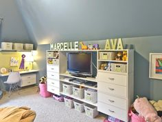 Toy storage isn't one size fits all. Try these organizing tips for all types and sizes of toys from HGTV.com.
