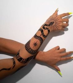 Simplistic Tattoos, Unique Tattoos, Simple Hand Tattoos, Unique Tattoo Designs, Feminine Tattoos, Dope Tattoos For Women, Tattoos For Guys, Tribal Tattoo Women, Tribal Hand Tattoos