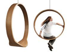 Wooden circle SWING by Iwona Kosicka » Retail Design Blog