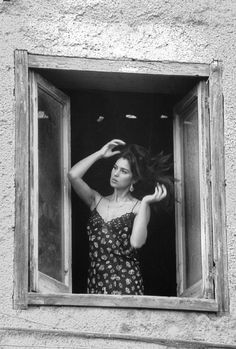 Ferdinando Scianna 1991 ITALY, Sicily, Porticello: Italiana actress MONICA BELLUCCI.