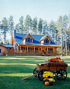 ✔ 23 fabulous modern farmhouse exterior design ideas that will make you feel better 6 Related Chalet Modern, Patio Grande, Log Cabin Homes, Log Cabins, Log Cabin Plans, Log Home Plans, Rustic Cabins, Rustic Homes, Western Homes