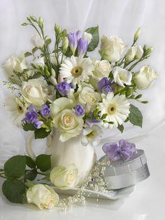 Marianna Lokshina - Bouquet in ewer_LMN20934.jpg