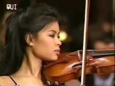 Vanessa-Mae plays a rare version of Toccata & Fugue with her acoustic violin, accompanied by the Bratislava Radio Symphony Orchestra. Violin Music, Music Songs, My Music, Geneva Bible, Linda Blair, Anne Boleyn, My Poetry, Types Of Music, Orchestra