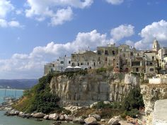 Vieste, Apulia #Italy | Need travel hints for this place? www.gadders.eu/destination/place/Vieste