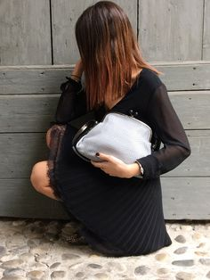 Chic with Henry Beguelin Anita U Intreccio Soft Nebbia bag. Your made in Italy!