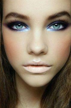 Nude lip & Bold eyes
