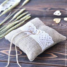 Pillow for wedding rings /Подушечка для колец - коричневый, белый цвет, подушечка для колец, свадебные аксессуары, Свадебные мелочи