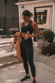11 Wellness Shortcuts That Make It Easier to Be Healthy - Real Time - Diet, Exercise, Fitness, Finance You for Healthy articles ideas Cute Workout Outfits, Workout Attire, Womens Workout Outfits, Athletic Outfits, Sport Outfits, Sports Bra Outfit, Hiking Outfits, Yoga Outfits, Fitness Before After