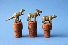 Gold Animal Wine Stoppers | 40 DIY Father's Day Gift Ideas