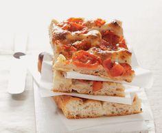 Focaccia pugliese Italian Recipe Book, Italian Recipes, Pasta Recipes, Bread Recipes, Cooking Recipes, Pizza Sans Levain, Empanadas, Pain Pizza, Flatbread Pizza