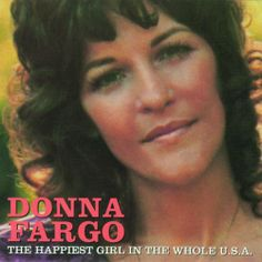 Donna Fargo~Country singer~from Mount Airy, NC. Nee' Yvonne Vaughn of Slate Mountain, just outside of Mount Airy, NC. Country Music Stars, Country Music Singers, Country Songs, Country Life, Donna Fargo, Theme Song, Happy Girls, My Favorite Music, Funny Faces