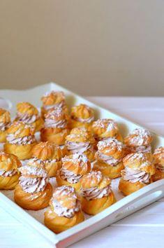 Képviselőfánk forró csokoládés habbal Hungarian Recipes, Hungarian Food, Four, Cake Cookies, Tiramisu, Macaroni And Cheese, Muffin, Dessert Recipes, Food And Drink