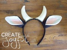 COW Ears Headband Black and White NATIVITY play animal School Nativity Costumes, Diy Nativity, Horn Headband, Ear Headbands, Dress Up Costumes, Diy Costumes, Farm Animal Costumes, Cow Ears, Christmas Program