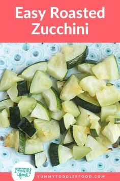 It's always fun to find a veggie recipe that the kids (and adults) all enjoy. With just 5 minutes of prep and a quick cooking time, you can make perfectly roasted zucchini for lunch prep or an easy side dish for family dinner. Bonus: The veggies are soft enough for babies and younger toddlers to enjoy as a finger food too! This quick side dish is perfect for the whole family - even great for baby led weaning! Toddler Meals, Kids Meals, Toddler Food, Toddler Smoothies, Roast Zucchini, Quick Side Dishes, Hidden Veggies, Prepped Lunches, Veggie Recipes