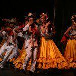 Este 10 de julio el Ballet de Amalia Hernández se presentó en la primera de cinco funciones que ofrecerá en el Teatro de la Ciudad Esperanza Iris como parte de la celebración por los 60 años de trayectoria artística. El Ballet Folklórico ofreció una presentación estética fundamentada en raíces de los pueblos originarios, en un …