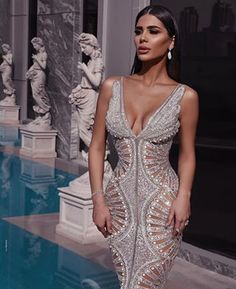 Custom Dresses inspired by Haute Couture Designer Evening Fashion You can have custom dresses made that are inspired by Haute Couture Evening gowns by our fashion design firm. Elegant Dresses, Sexy Dresses, Fashion Dresses, Prom Dresses, Unique Dresses, Sexy Gown, Beaded Prom Dress, Pageant Gowns, Fashion Fashion