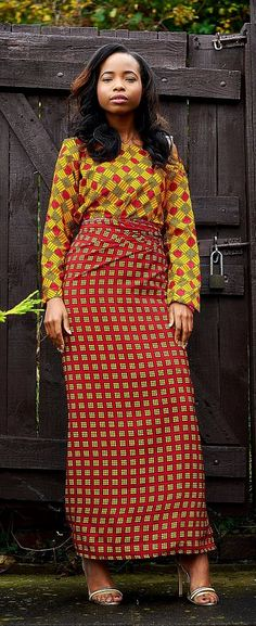 Fabric Express Dela (Iro and Buba). The Modern Iro and Buba. Wear it the tulip style or the normal way. Perfect for weddings, birthdays. any occasion really! African Dresses For Women, African Print Dresses, African Print Fashion, African Attire, African Wear, African Prints, African Women, Fashion Prints, Nigerian Fashion