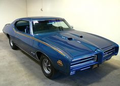 Photos of the 1969 Pontiac GTO Judge in high-res for wallpapers : theTHROTTLE