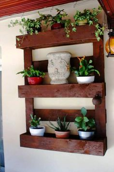 Pallet Planter or Pot Organizer | 99 Pallets