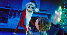 Happy Halloween pictures nightmare before Christmas 2018 trends will shows you how you will celebrate two biggest event of the year. The Happy Halloween Movies To Watch, Best Movies To See, Best Holiday Movies, Kid Movies, Disney Movies, Scary Movies, Michael Keaton, Phoebe Cates, Batman Returns