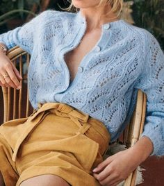 New-In Pieces From Sezane Rouje And Isabel Marant Who What ! neuheiten von sezane rouje und isabel marant who what ! des nouveautés de sezane rouje et isabel marant who what Cardigan Pattern, Knit Cardigan, Jumper, Knit Fashion, Womens Fashion, Stylish Outfits, Fashion Outfits, Fashion Weeks, Fashion Trends