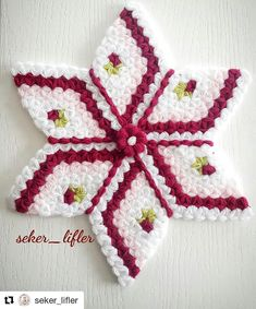 Tapete Floral, Baby Knitting Patterns, Tatting, Diy And Crafts, Crochet Earrings, Embroidery, Blanket, Christmas Ornaments, Holiday Decor