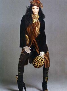 Mariacarla Boscono for Vogue Italia October 2010 by Steven Meisel.jpg