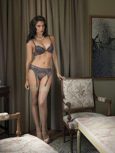 Probably the best grey stockings  www.NYLON-VOLUPTE.com  Vos Féminités, Votre Féminité, du Glamour et quelques Bas Nylon