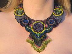 """Colliers - Edles Glasperlencollier """"Peacock"""" - ein Designerstück von Recycling-Art bei DaWanda"""