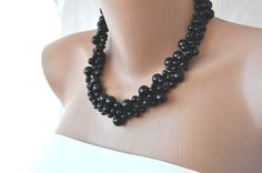 Handmade Black Glass Pearls Necklace (Etsy)