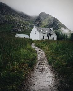Wee Cottage, Isle Of Skye, Scotland ****SMC Hut in Glen Coe, at the foot of Buachaille Etive Mor Skye Scotland, England And Scotland, Scotland Travel, Glencoe Scotland, Ireland Travel, The Places Youll Go, Places To See, Irish Cottage, White Cottage