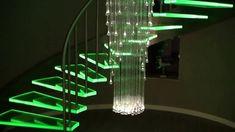 Oświetlenie schodów - oświetlenie schodowe - schody - żyrandol światłowo...