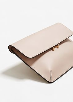 Best Leather Wallets For Women 2019 Best Leather Wallet, Leather Wallet Pattern, Leather Gifts, Leather Pouch, Mini Crossbody Bag, Leather Accessories, Handmade Bags, Wallets For Women, Evening Bags