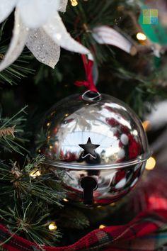 #bell #ornament #rusticchristmas #christmas #christmastime #christmasseason #christmasvibes #christmasspirit #christmasdecorating #christmasdecor #christmasdecorations #christmashome #christmasinspiration #christmasinspo #vermeersgardencentre