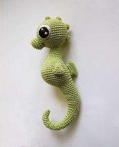 Charly seahorse amigurumi .. free pattern .. seepferdchen .. crochet häkeln