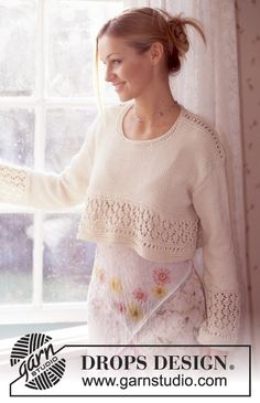 DROPS Wide Pullover in Muskat  Free pattern by DROPS Design.