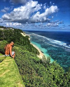 Hotels-live.com/pages/sejours-pas-chers - High as a kite  @semarauluwatu ___________________ #bali #balilocal #love #travel #jetsetter #uluwatu #beautiful #summer #holidays #sun #bikini #pool #chasethesun #wanderlust #happydays #bliss #paradise #cocktails #thisisbali #love #inspo #ocean #beach #bucketlist #travelgram #goals  by @kinsonsworld Hotels-live.com via https://www.instagram.com/p/BEucEWSHGd0/