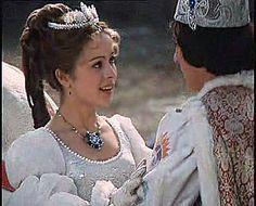 Tři oříšky pro Popelku - the wedding dress