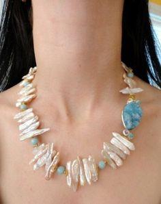 chunky blue quartz druzy stick pearl beaded necklace.gemstone beaded jewelry.druzy necklace.gold jewelry.druzy jewelry.pearl necklac