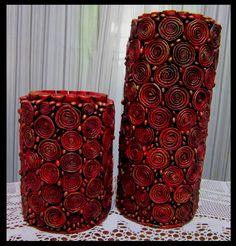 A rosa na janela: Par de vasos