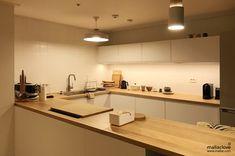 Ikea Kitchen Interior, Cafe Interior, Apartment Kitchen, Home Decor Kitchen, Home Kitchens, Japanese Interior Design, Home Interior Design, Wood Interiors, Kitchen Collection