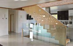 Diseño de casa pasiva de dos pisos, fachada y planos   Construye Hogar
