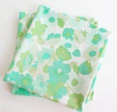 Flea Market Finds, Fun Prints, Pillowcases, Fleas, Coin Purse, Diy Crafts, Vintage, Pillow Case Dresses, Pillow Shams