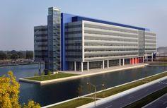 Eero Saarinen General Motors Technical Center - Michigan 1956