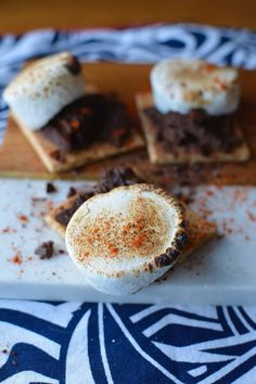 Check out these 12 S'mores combinations that will leave you drooling. From Choco Banana to Lemon Meringue Pie this campfire treat has never been better! #smores #ad #s'mores #dessert #easydessert Fourth Of July Drinks, 4th Of July Party, My Favorite Food, Favorite Recipes, My Favorite Things, Lemon Meringue Pie, Sangria, Easy Desserts, Independence Day
