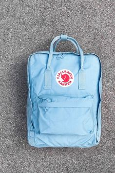 Mochila Kanken, Cute Backpacks For School, Cool Backpacks, Stylish School Bags, Fjallraven, Cute School Supplies, Cute Bags, Mini Backpack, Handbag Accessories