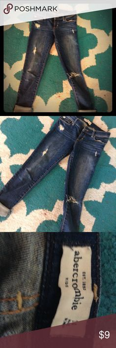 Abercrombie jeans These jeans are amazing I love them. They are too small for me but if your a size 14 kids, then come on over!! It says size 12 on the size bit there really a size 14 in kids! They didn't have size 14 on the sizes abercrombie kids Jeans Skinny