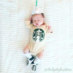 DIY Starbucks iced coffee baby costume! #starbucks #halloween #halloweencostume #babycostumes